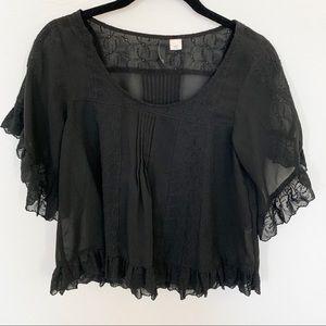 HM lace top
